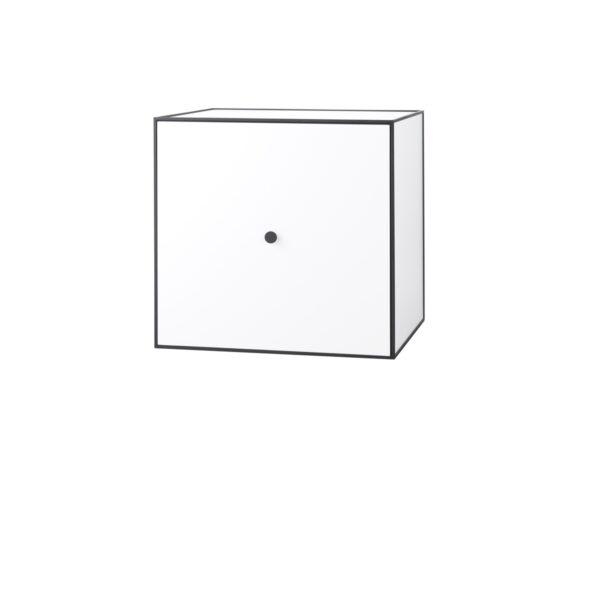 9190084_frame_49_inkl_dor_og_hylle_white_by-lassen_result_